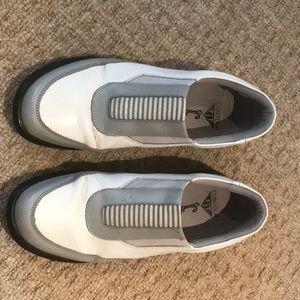 Woman's Sandbagger Golf Shoes